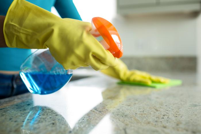 way of cleaning counter top